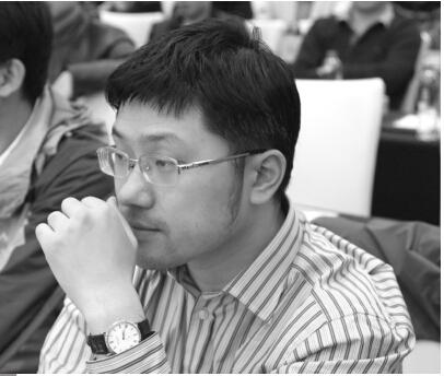 汪斌,2007年开始参与期货交易。凭借在股指期货上超人的盈利模式和稳定的收益,他早已成为业内知名的操盘手,其操作理念和思路得到了市场的认同。